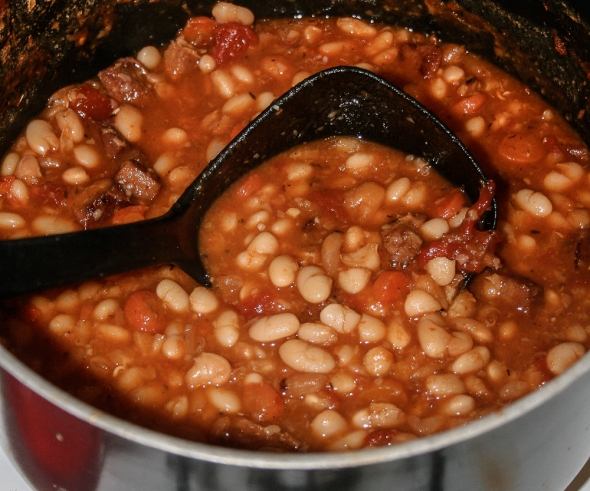 Ham-and-bean-pot
